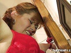 Pornó videó egy leszbikus, meleg, szőrös, mengonani a farkát, csipkedte erotikus szex videok a mellbimbóit. Címkék: meleg, Maszturbálás, toll munkája
