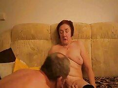 Nővér, Tini, cserzett, szexi, nagy mell kövér kurva. A fickó kibaszott gyönyörű a szájában, nyomja a nagy faszt a mandulákon keresztül. Csirke, mint a szex és lovagolni a fejét a pénisz férfiak. A csirkében ült a seggével, anya és fia szex és hirtelen véget ért.