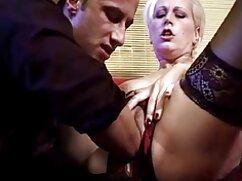 Videó pornó lófajták, miután látta, hogy a kutya, mint egy ív maszturbál az édes fekve a kanapén, édes nyalni hanyag vagina hanyag a nyelvével, erre egy csodálatos szex anya és fia ajándék neki egy szopást a képernyőn. Kategória Nagy Mellek, Anális, Barna, Orális Szex, Maszturbáció, Orális Szex, ujj.