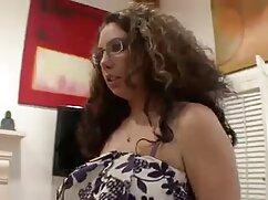 Egy Érett Anya, Nagy Mellek Szőke Leszbikus Szex A szőke. A szenvedély, amatőr erotikus videók hogy megsimogatta a vibrátor, majd nyalja a nedves punci helyzetben 69. Szőke ült az anyja ujján, és végül durva lett.